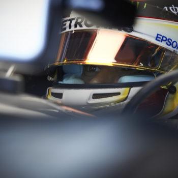 Mercedes è pronta a sospendere Hamilton? Sicuramente no, per fortuna di Rosberg