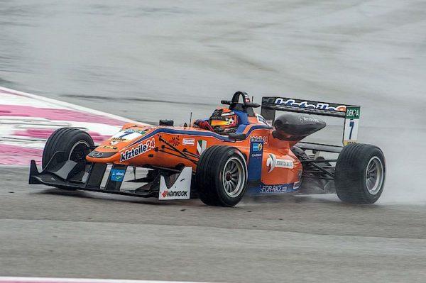 Una F3 del Team Mucke