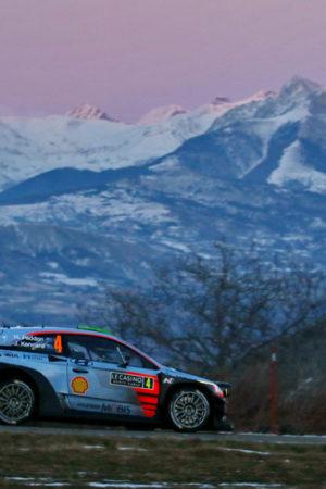 Si apre con una tragedia il 2017 del WRC: morto il fotografo coinvolto nell'incidente di Paddon