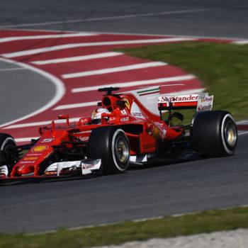 Test Barcellona, Day 3: Vettel batte il tempo record dei Test! McLaren e Renault cambiano un'altra PU