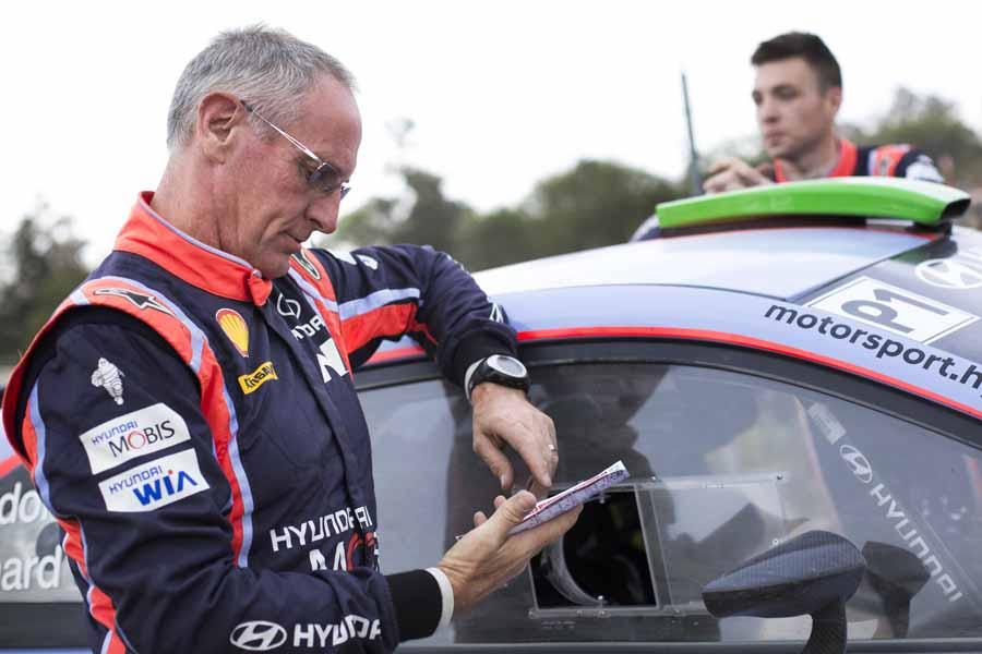 WRC: Si ritira John Kennard, storico navigatore di Hayden Paddon