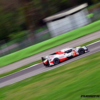 A Silverstone prende il via il WEC: Toyota stacca Porsche nelle FP1, male Ferrari in GTE