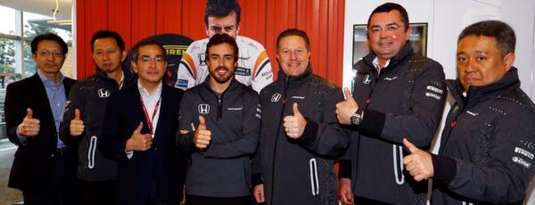 L'annuncio della partecipazione di Alonso alla 500 Indy