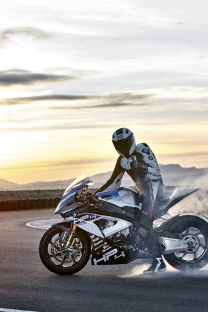 p90254395_highres_bmw-hp4-race-04-2017