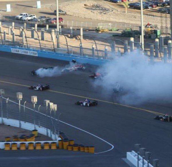 Il crash di inizio gara