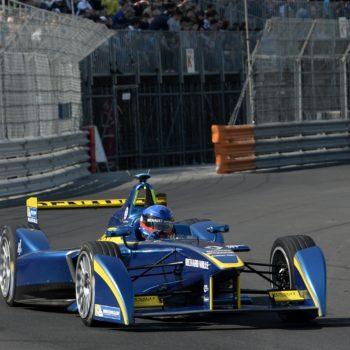 Buemi incassa l'ePrix di Monaco tra mille sbadigli. Ritirato Vergne in uno spettacolare incidente