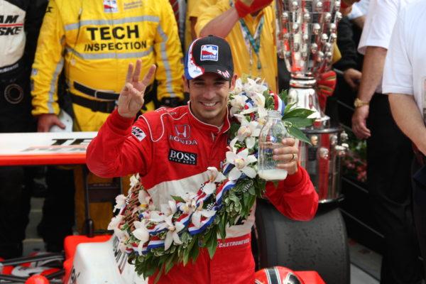 Helio Castroneves vince la 500 Indy 2009