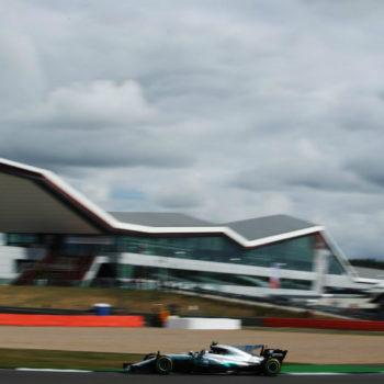 Bottas si prende il miglior tempo anche nelle FP2 di Silverstone, ma Hamilton vola con le Soft