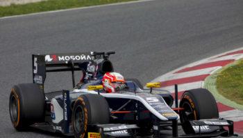 La Williams consegna la FW40 a Luca Ghiotto: l'italiano scenderà in pista nei test dell'Hungaroring