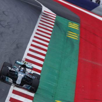 In Austria a sorpresa spunta Bottas: è Pole del #77! Grosjean tarpa le ali a Vettel ed Hamilton