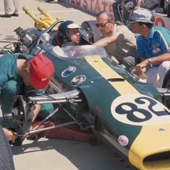 L'impresa impossibile: quando Jim Clark dominò la 500 miglia di Indianapolis