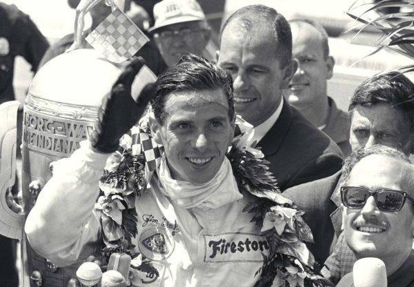 Jim Clark vince la 500 Indy 1965