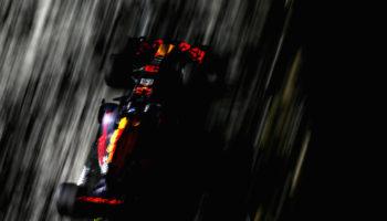 Le RedBull a Singapore fanno paura: è 1-2 delle RB13 nelle FP2. 11° Vettel senza simulazione di qualifica