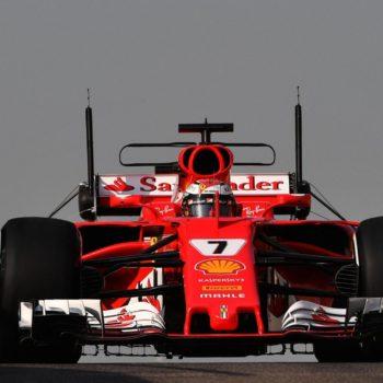 Ad Abu Dhabi il Day 1 dei test va a Raikkonen. La McLaren mette le ali all'Halo, Kubica completa 100 giri!