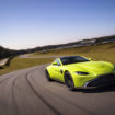 007 dovrà fare spazio in garage: Aston Martin svela la nuova Vantage