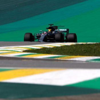 Le W08 non si fermano: nelle FP1 del Brasile è 1-2 Mercedes. Disastro Toro Rosso