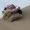 Dakar, Day 2: le Peugeot e Barreda escono allo scoperto, disastro MINI