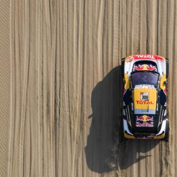 Peterhansel e Barreda dominano il Day 5 della Dakar. Gara finita per Loeb!