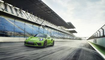 Porsche presenta l'ultima GT3 RS aspirata, un canto del cigno da 520 CV e 312 km/h