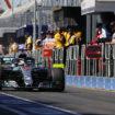 Hamilton polverizza il record ad Albert Park: è Pole! A 7 decimi le Ferrari, poi Verstappen