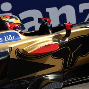Jean-Eric Vergne domina e conquista l'ePrix di Parigi: finisce in disastro il duello tra Di Grassi e Lotterer