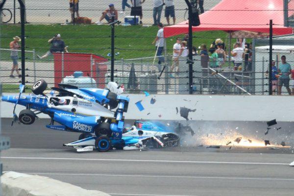 Incidente alla Indy 500