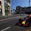 Ricciardo strappa di 1 millesimo le FP3 di Monaco a Verstappen (che va a muro)!
