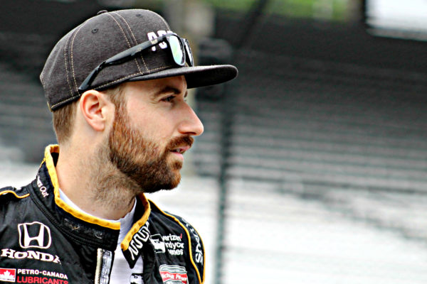 James Hinchcliffe, eliminato dalla Indy 500