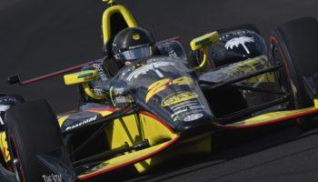 Indy 500, (quasi) ultime libere in preda al nascondino. Karam 1°, Wickens a muro