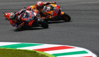 93-marc-marquez-esp-99-jorge-lorenzo-esp_ds58035-gallery_full_top_fullscreen