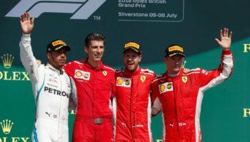 """Hamilton punge le Ferrari: """"Usano tattiche interessanti…"""". Seb e Kimi: """"Sciocchezze, può capitare"""""""