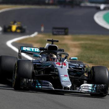 Qualifiche al cardiopalma, la spunta per un filo Hamilton! Subito dietro le Ferrari, Leclerc è 9°