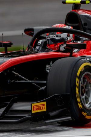 Formula 2, Russell protagonista del weekend, ma Markelov vince la domenica