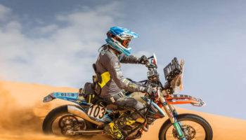 Nicola Dutto tenta l'impresa: sarà il primo pilota paraplegico a correre in moto la Dakar