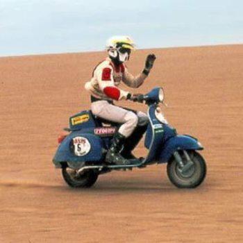 Le Vespe del deserto: storia dell'equiPiaggio che nel 1980 sfidò la Dakar
