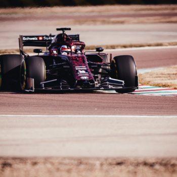 L'Alfa Romeo Racing svezza monoposto e PU Ferrari: ecco come suona il motore 064