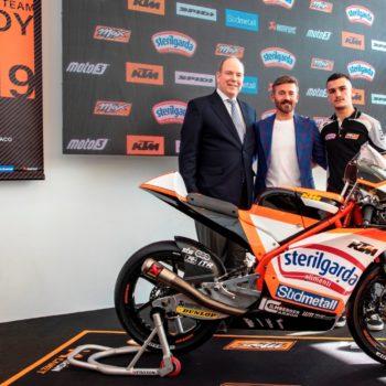 Max Biaggi presenta il suo team Moto3: Canet è la scelta giusta?