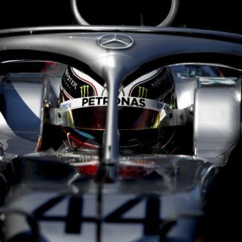 Hamilton polverizza il record della pista a Melbourne: è Pole! 3° Vettel a 7 decimi, male Gasly