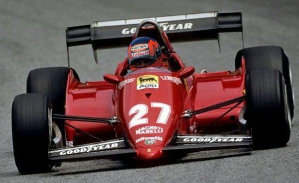 Gilles Villeneuve, con lo storico numero 27 che ancora oggi viene associato solo a lui