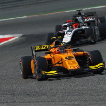 Formula 2, Aitken vince a Baku! Ghiotto da 11° a 6° in un lampo