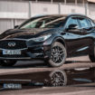 Infiniti Q30: l'auto che non è pronta per…la prova costume
