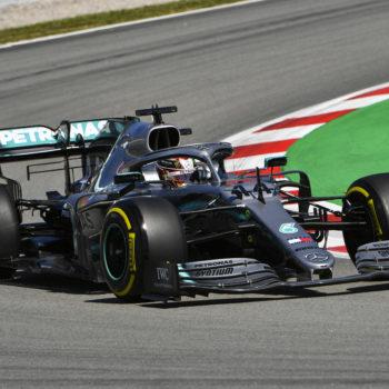 Hamilton fa il vuoto nelle FP3. 2° Leclerc, Bottas finisce nella ghiaia