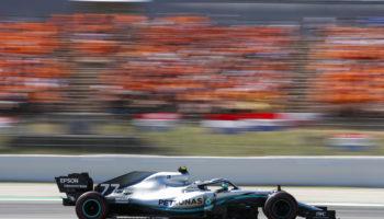 A Barcellona la Mercedes è davanti anche nei Test. 2° Leclerc, Vettel testa le Pirelli