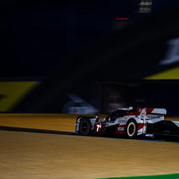 A Le Mans la Toyota #7 prima fa la Pole e poi un incidente. Bene Maldonado, male BMW