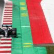 Hamilton penalizzato di 3 posizioni per aver ostacolato Raikkonen: il #44 scatterà 5°