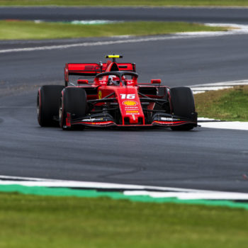 Nelle umide FP3 di Silverstone è 1-2 Ferrari, ma Hamilton insegue a 49 millesimi