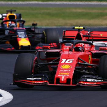 """Leclerc: """"Il GP più divertente della mia carriera! A Max ho fatto capire che in pista ci sono anch'io…"""""""