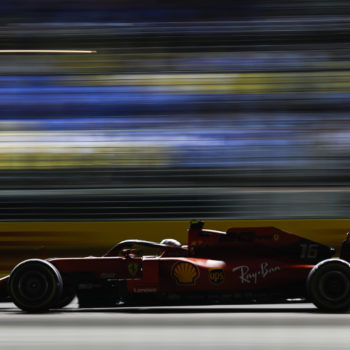 A Marina Bay per Leclerc è Singa…pole! 2° Hamilton, 3° Vettel