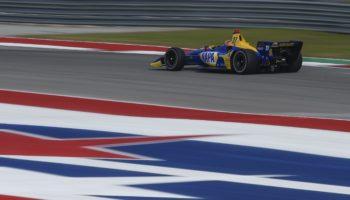 Rossi testa la Indy