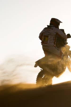 La Dakar si ferma per ricordare Goncalves: annullata l'ottava tappa per moto e quad